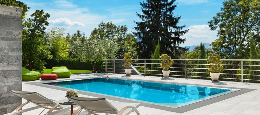 Everblue accessoires de piscine castelnau d 39 estr tefonds for Construction piscine everblue