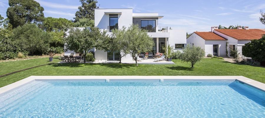 Everblue r alisation d 39 une piscine traditionnelle perpignan - Bassin piscine inox perpignan ...