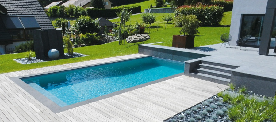 piscine-traditionnelle-Lattion-et-Veillard