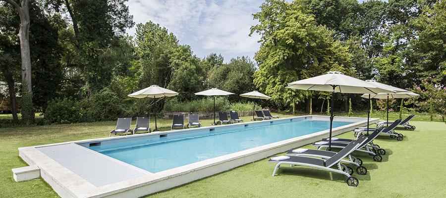 Everblue l inspiration la piscine couloir de nage par for Piscine everblue